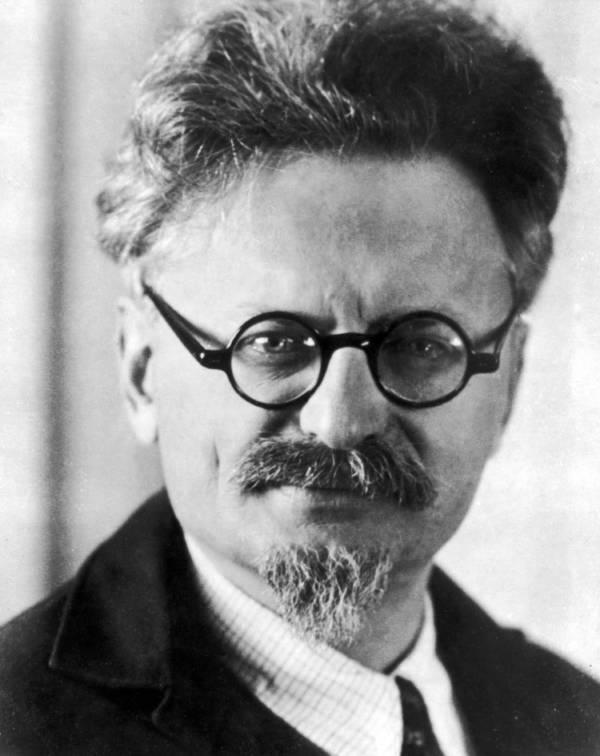 Strange deaths Leon Trotsky