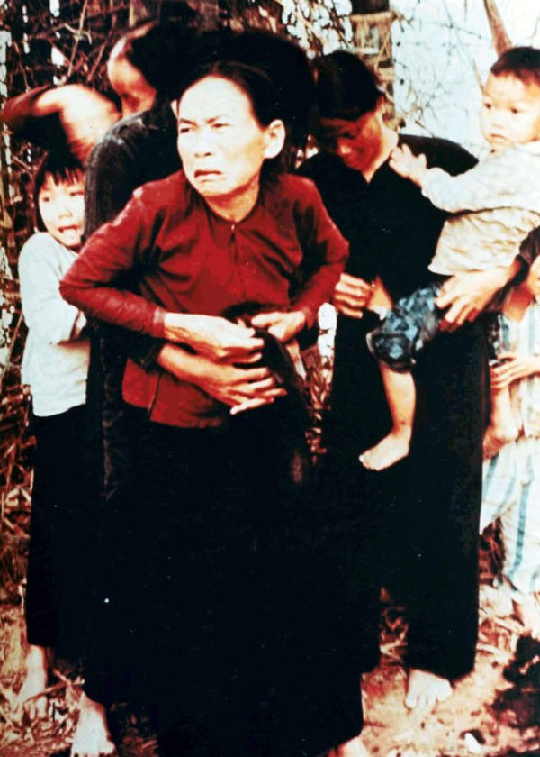 Pictures From The My Lai Massacre