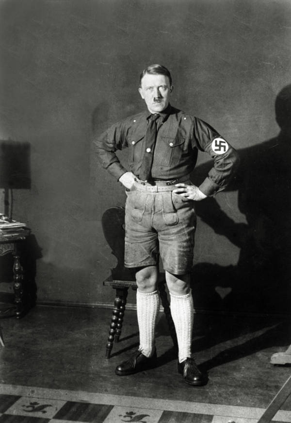 Swastika Lederhosen