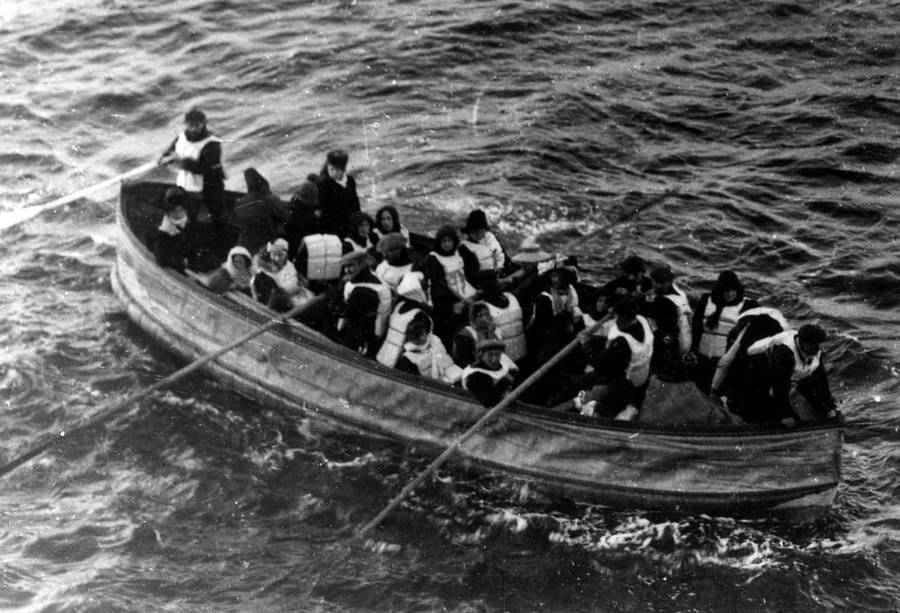 Titanic Survivors In Lifeboat