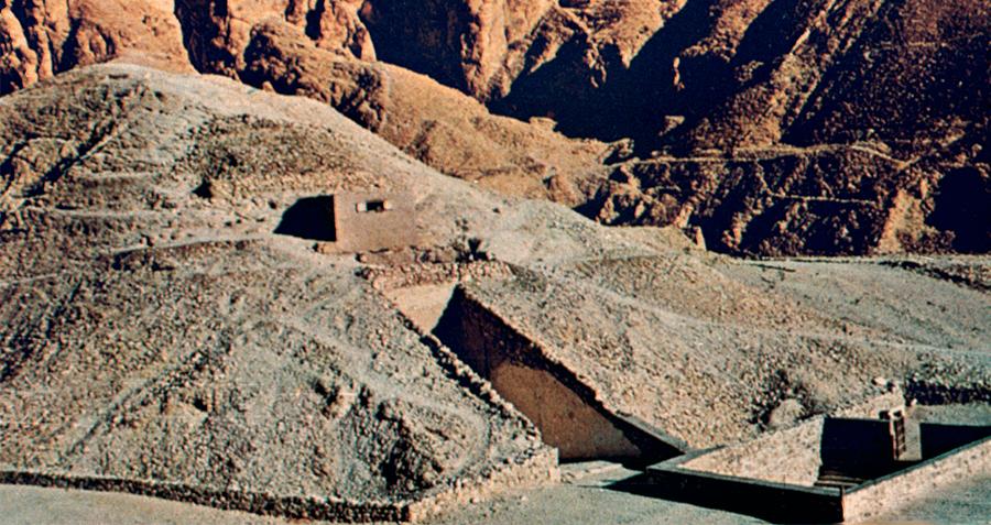 Tut Tomb