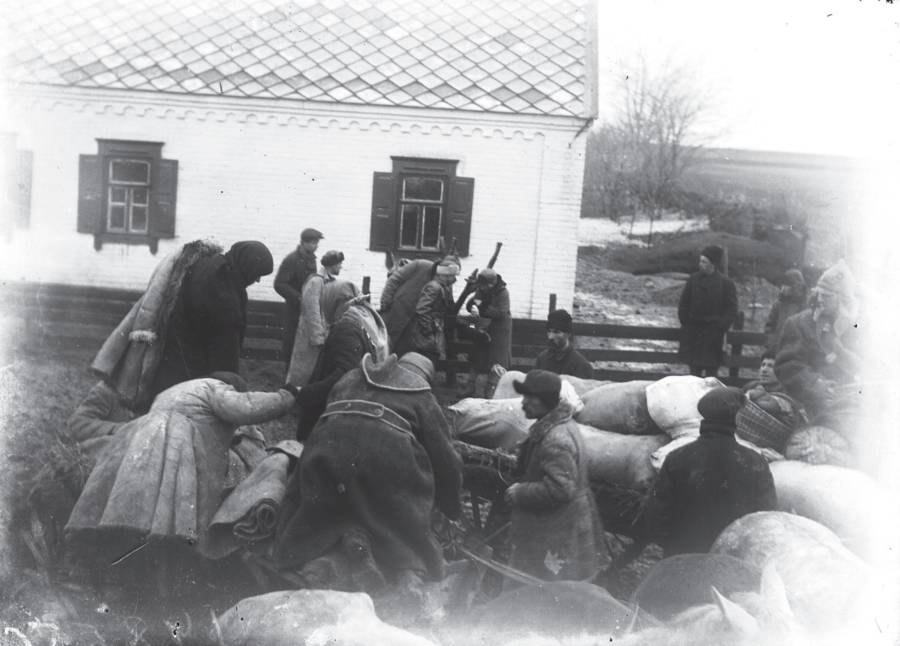 Holodomor Relocating Rations