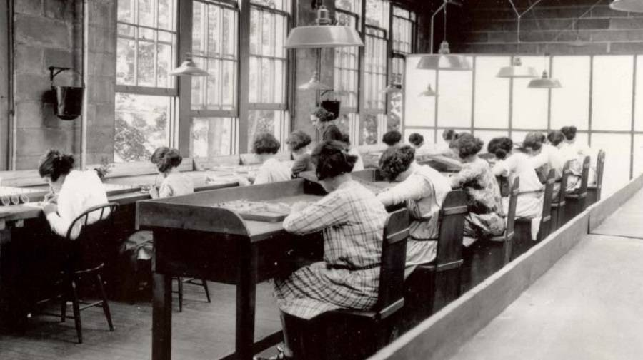 Radium girls working at their benches
