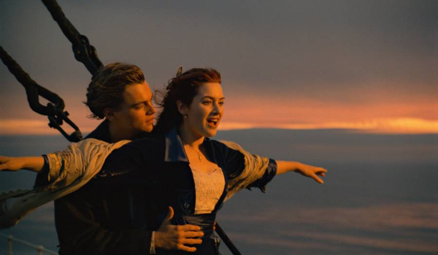 Rose Flying In The Titanic