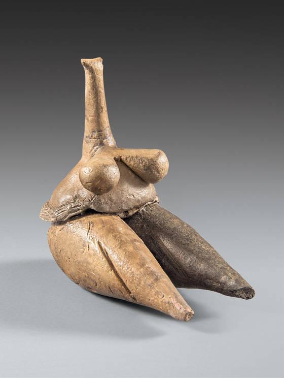 Clay human figurine of a fertility goddess