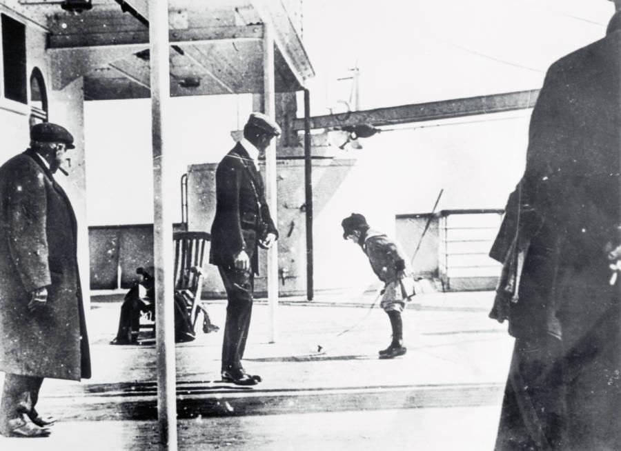 Titanic Sinking Photos
