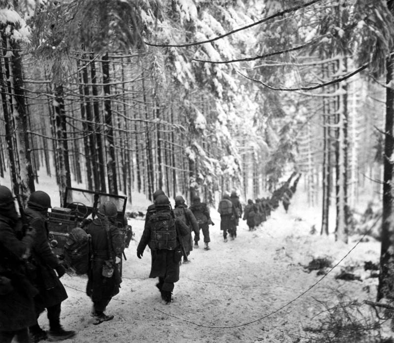 American Soldiers Marching Through The Snow