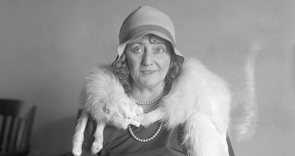 The Story Of Dolly Oesterreich The Woman Who Kept Her