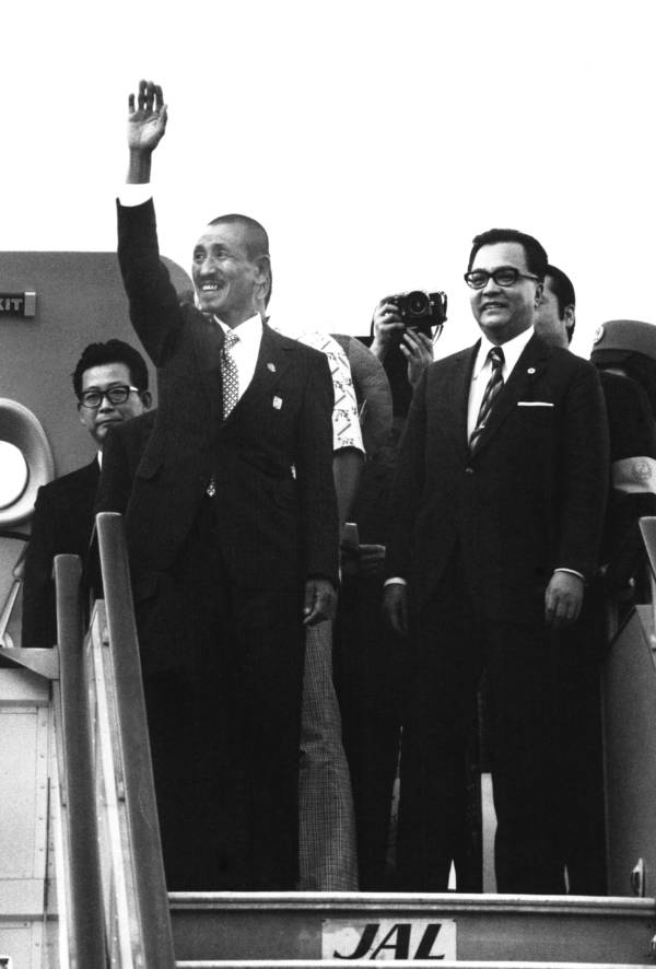 Hiroo Onoda Returns To Japan