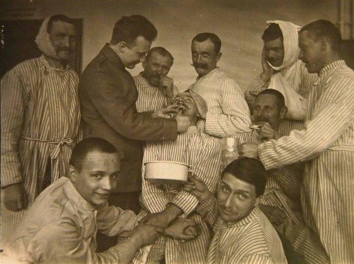 History Of Dentistry War