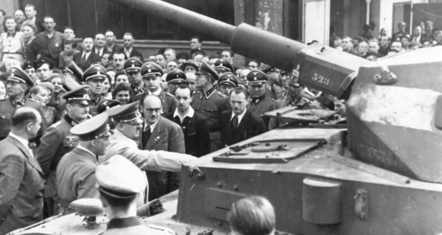 Hitler Inspects A Tank