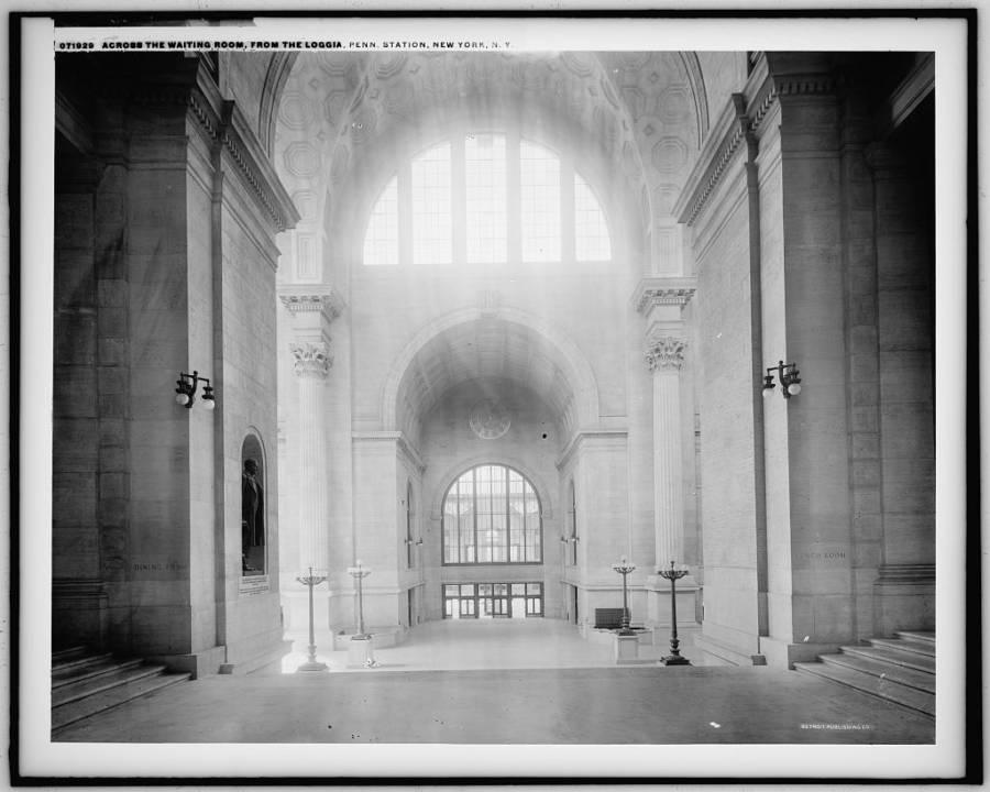 Light Penn Station