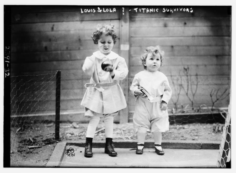 Louis Lola Toy Boat