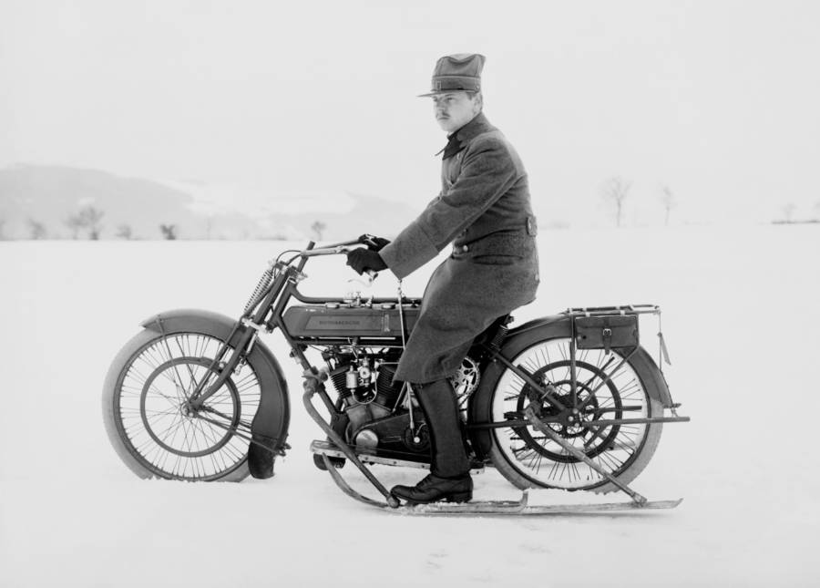Motorcycle Skis