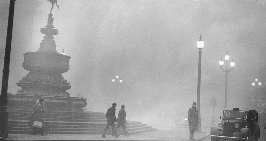 Picadilly Circus In The Smog