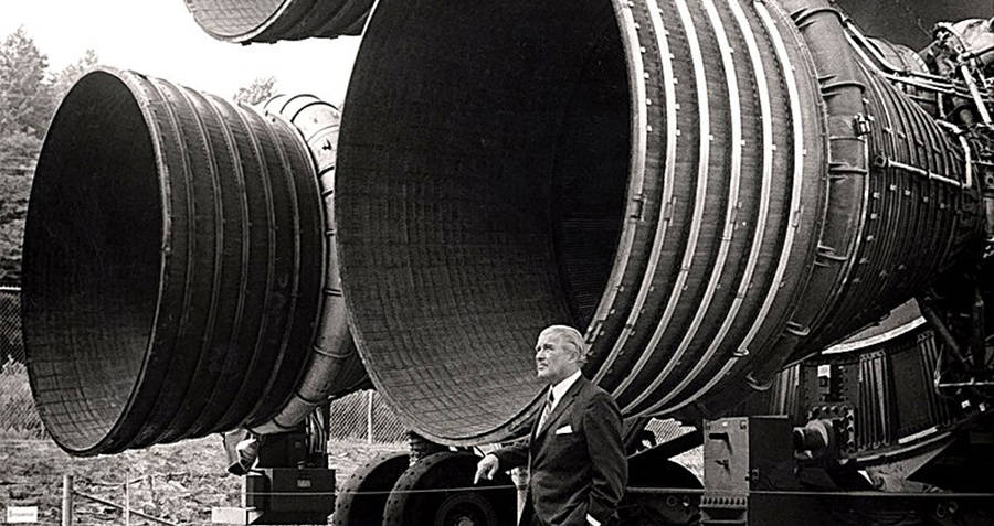Wernher Von Braun With Saturn Rocket