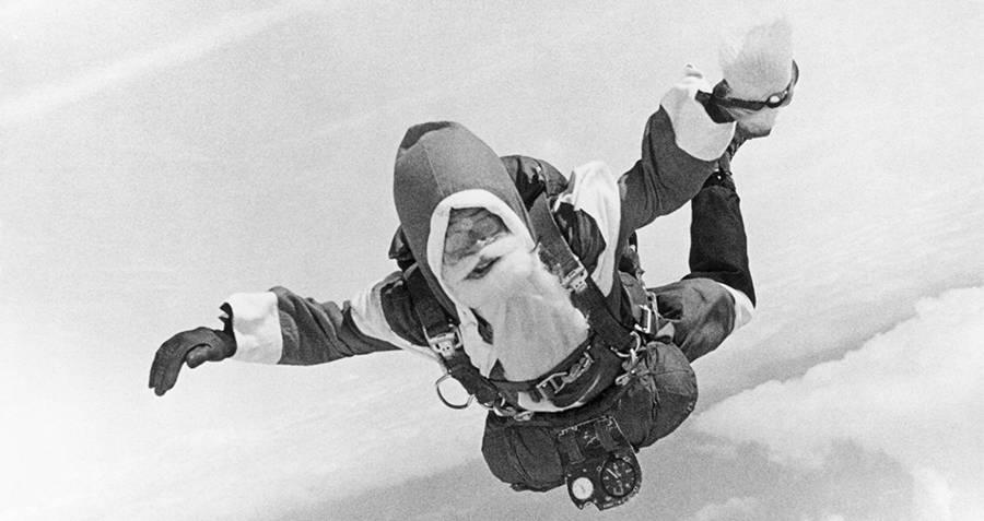 Santa Skydiving