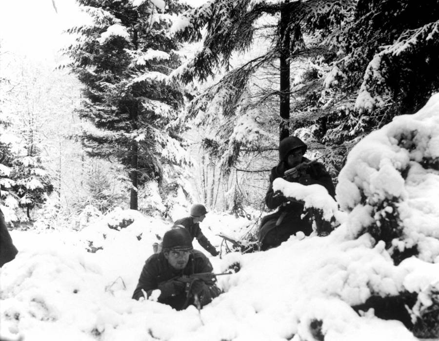 American infantrymen in the snow
