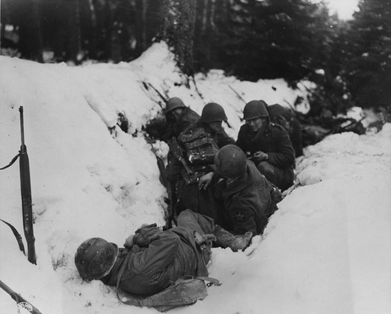 American infantrymen in trenches