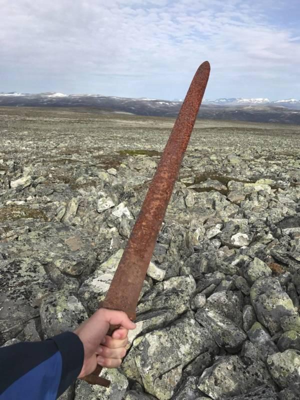 1,200-year-old viking sword