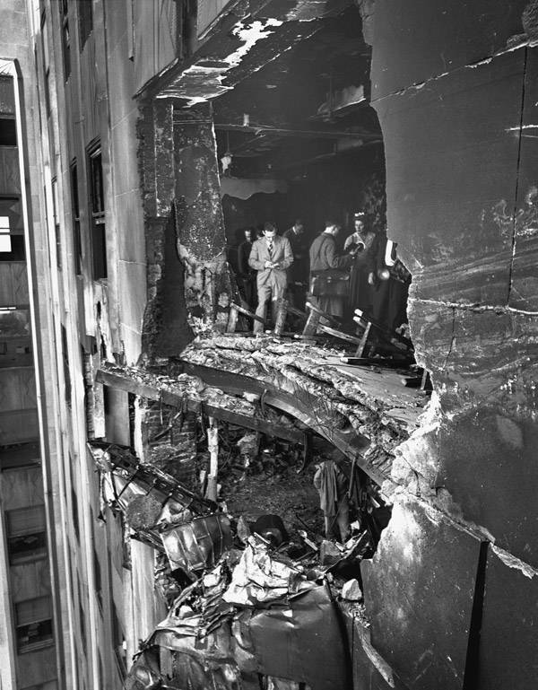 Empire State Building plane crash damage