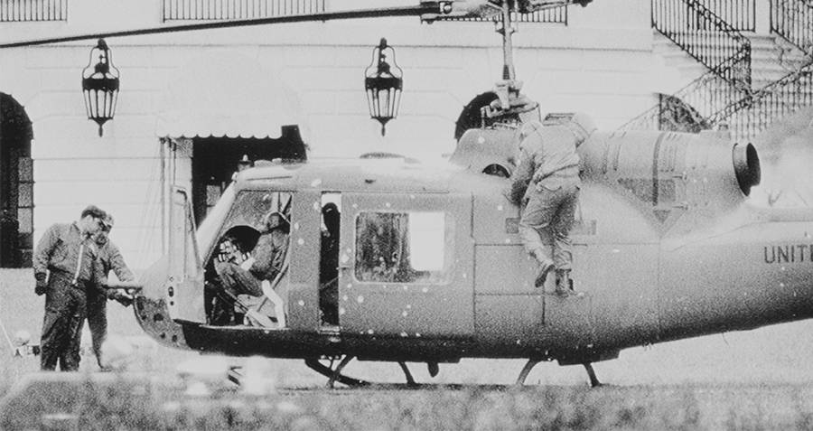 Helicopter Lawn Bw Robert Preston