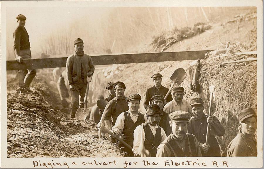 Italian Culvert Diggers