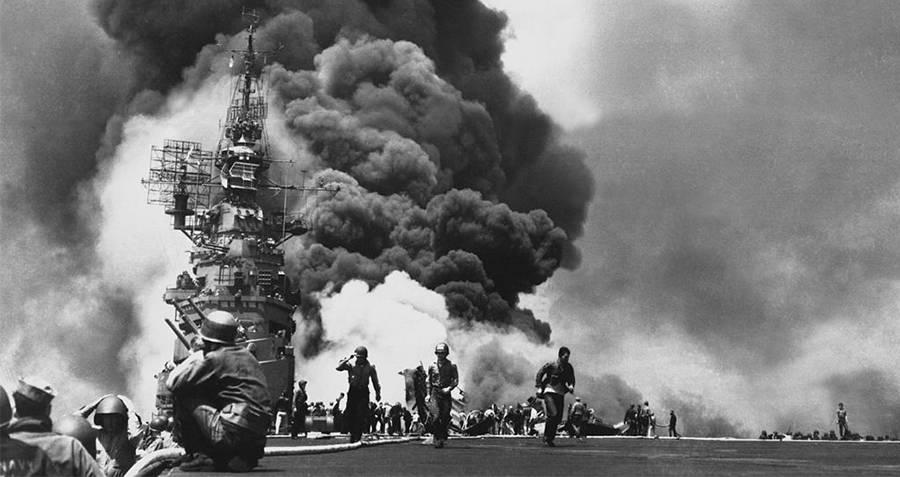 Kamikaze Pilots Attack Bunker Hill