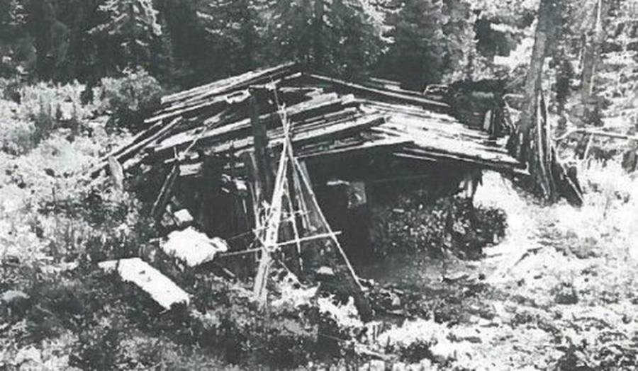 Lykov Family Dwelling