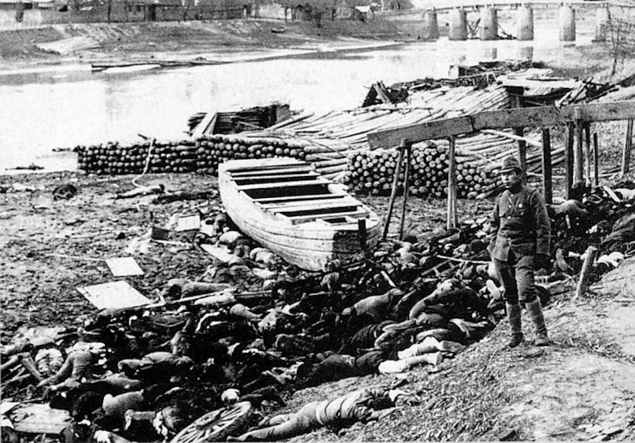 Bodies stacked during the Nanking Massacre