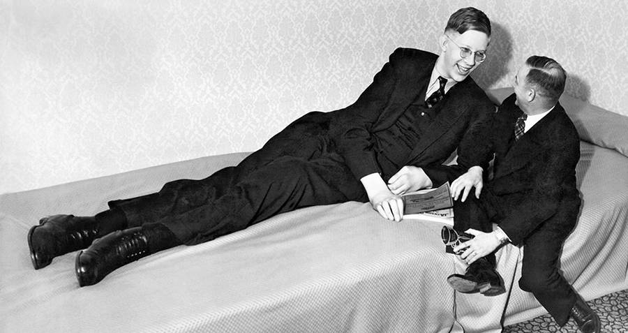 the tragically short life of robert wadlow the world s tallest man ever