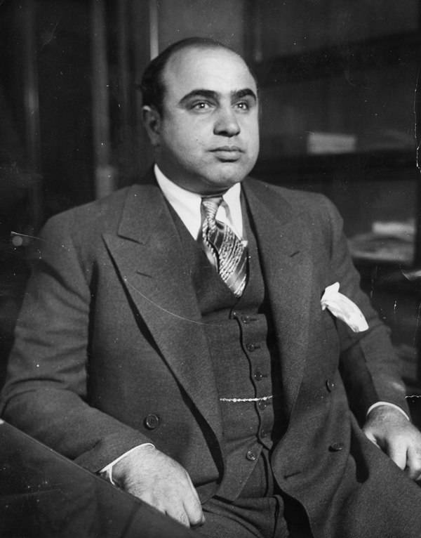 Al Capone Famous Gangsters