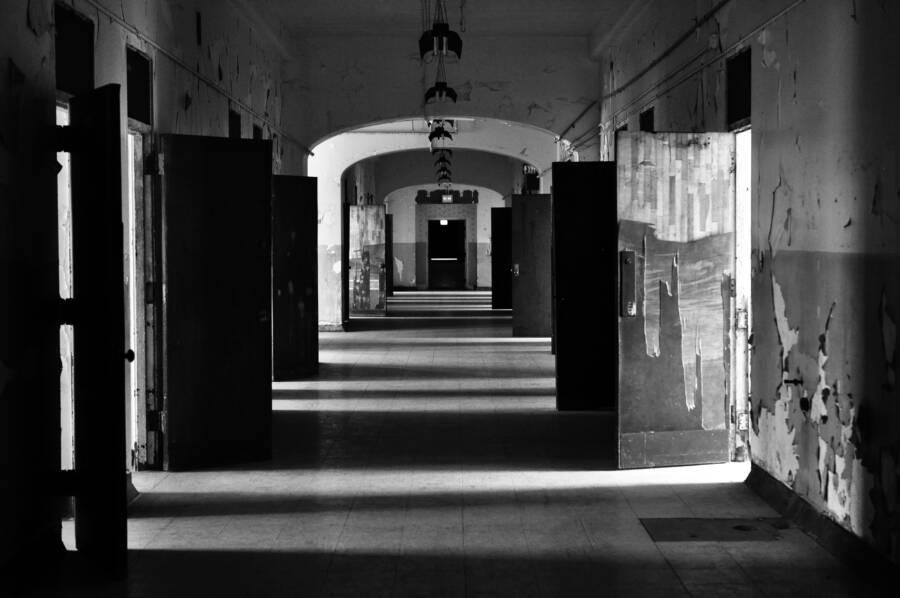 Trans-Allegheny Asylum Hall