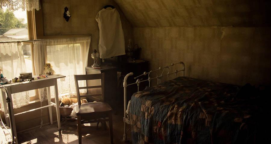 Axe Murder Interior Room Shot