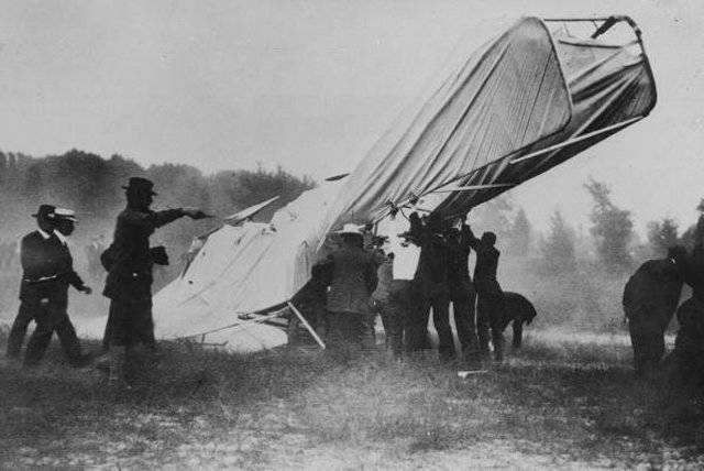 First Fatal Plane Crash