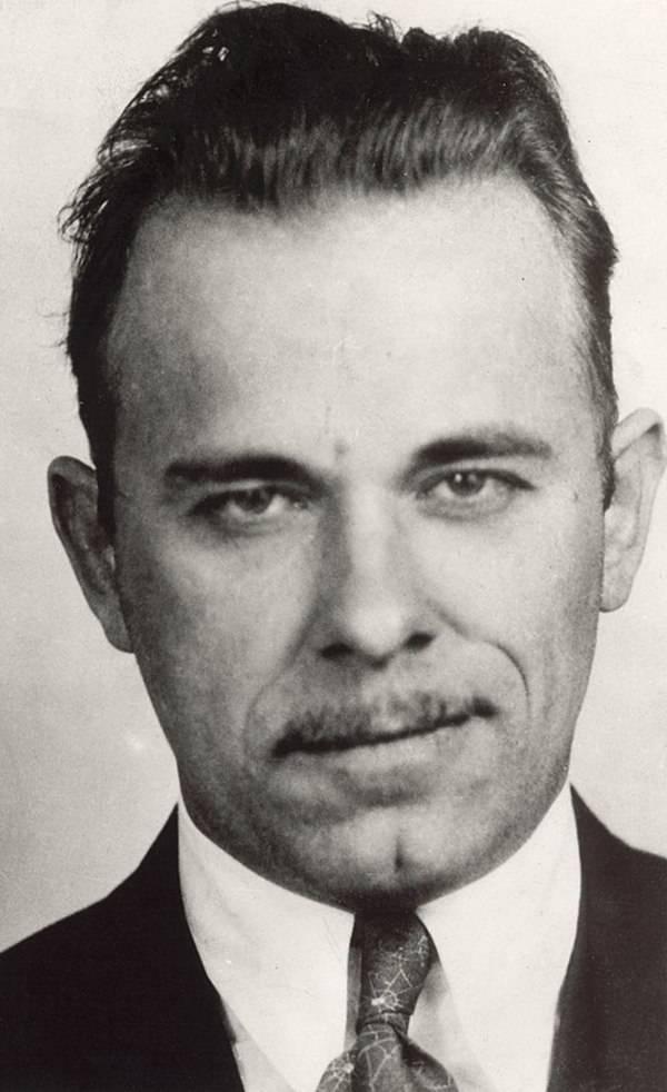 John Dillinger Famous Gangsters