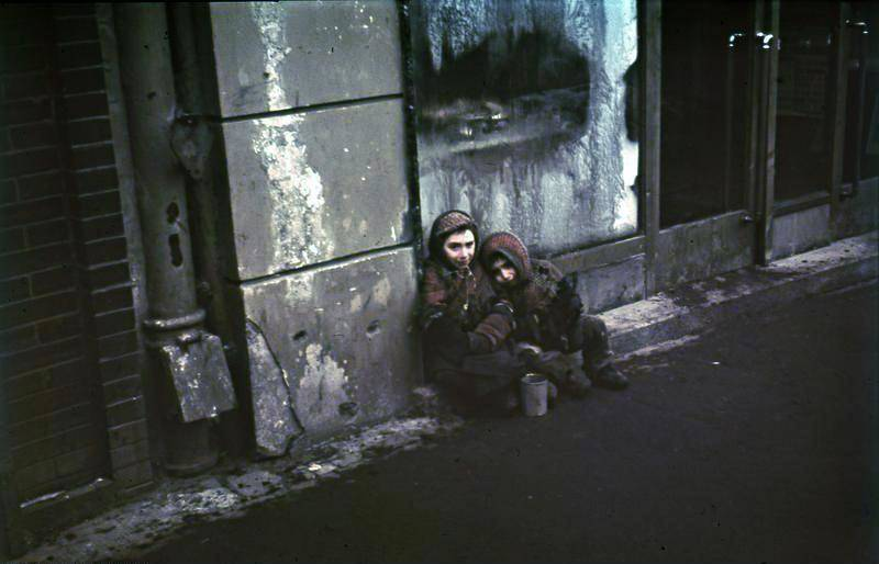 Warsaw Ghetto Children Begging