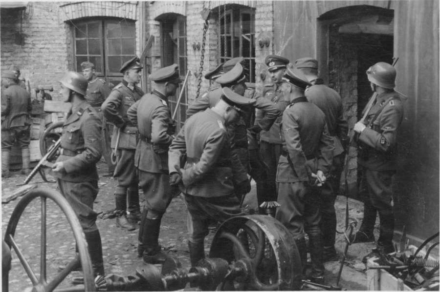 Warsaw Uprising Ss Officers