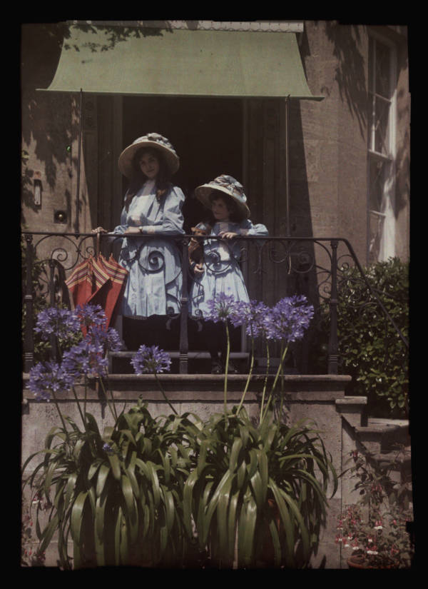 Girls On Balcony Autochrome