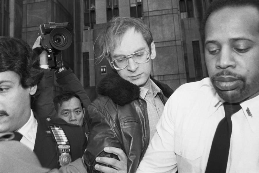 Bernhard Goetz Leaving Court