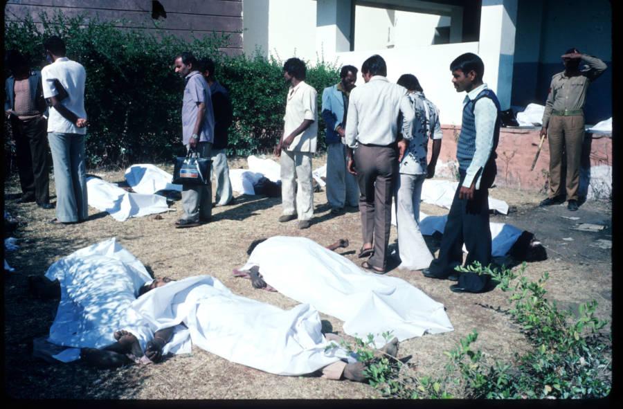Bhopal Diaster Bodies
