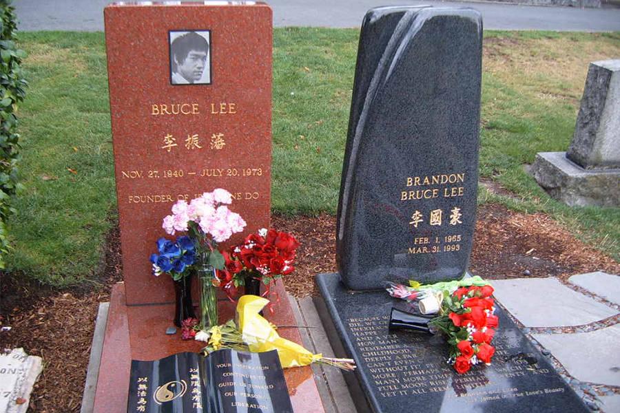 Bruce Lee's Death Brandon Lee Graves