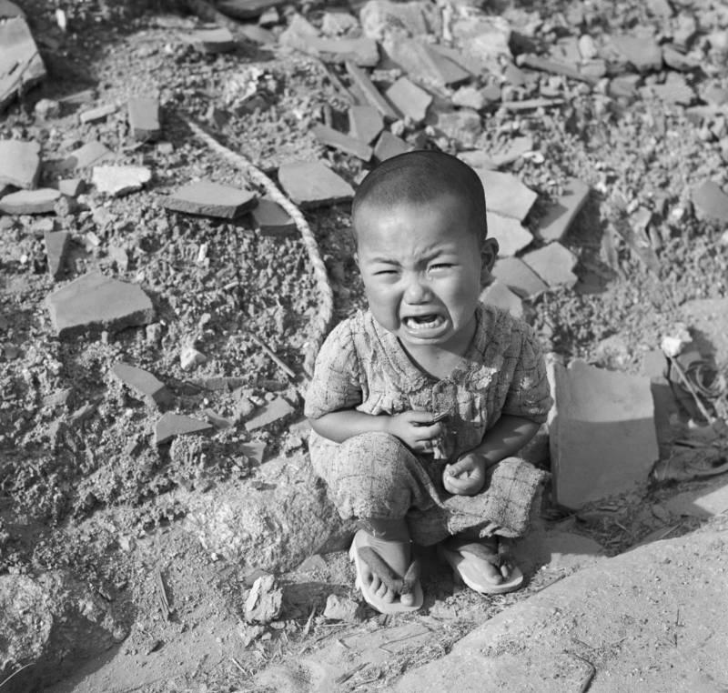 Crying Child In Hiroshima