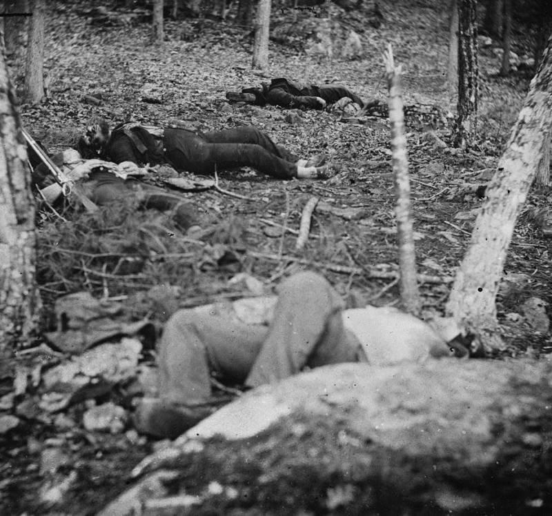 Battle Of Gettysburg Dead Soldiers