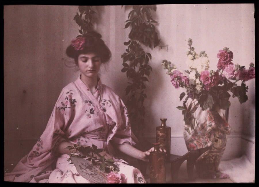 Old Color Photos Girl In Kimono