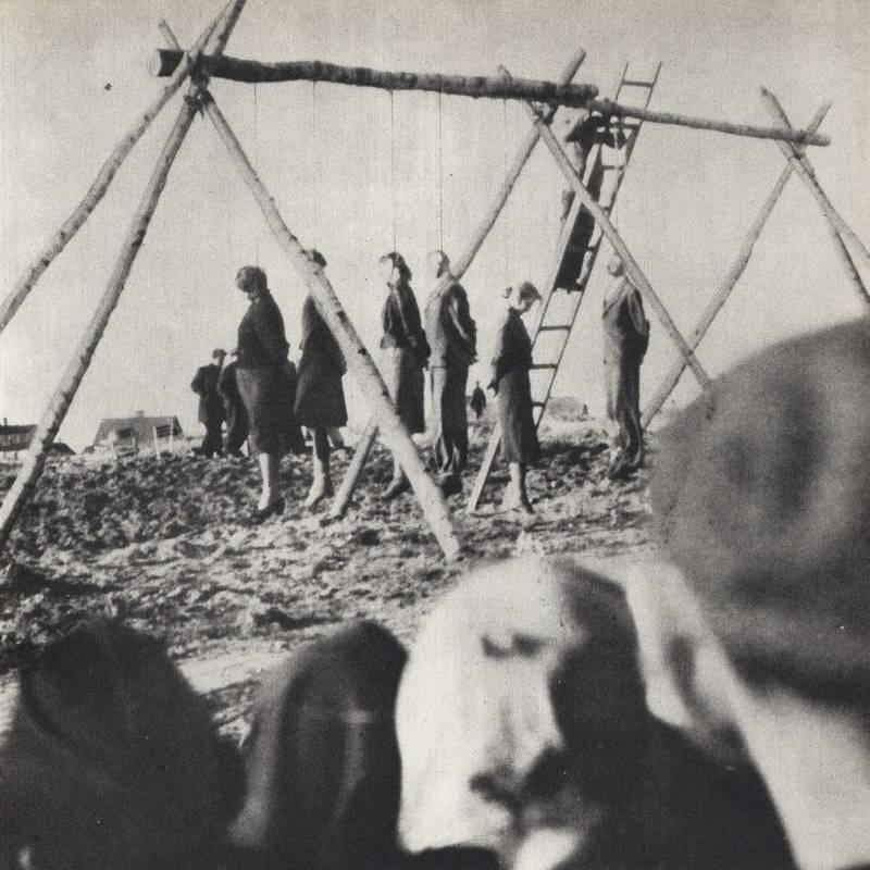 Polish Civilians Hanged