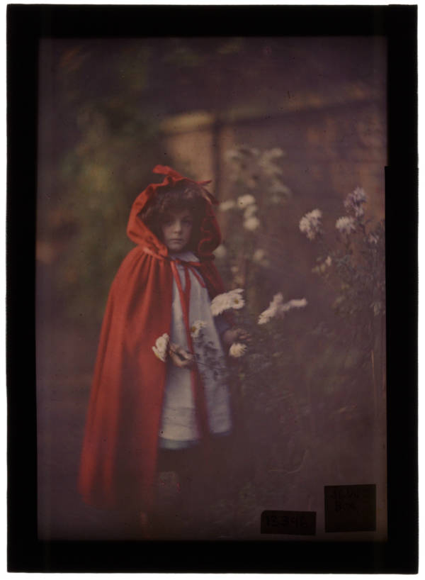 Old Color Photos Girl In Red Hood