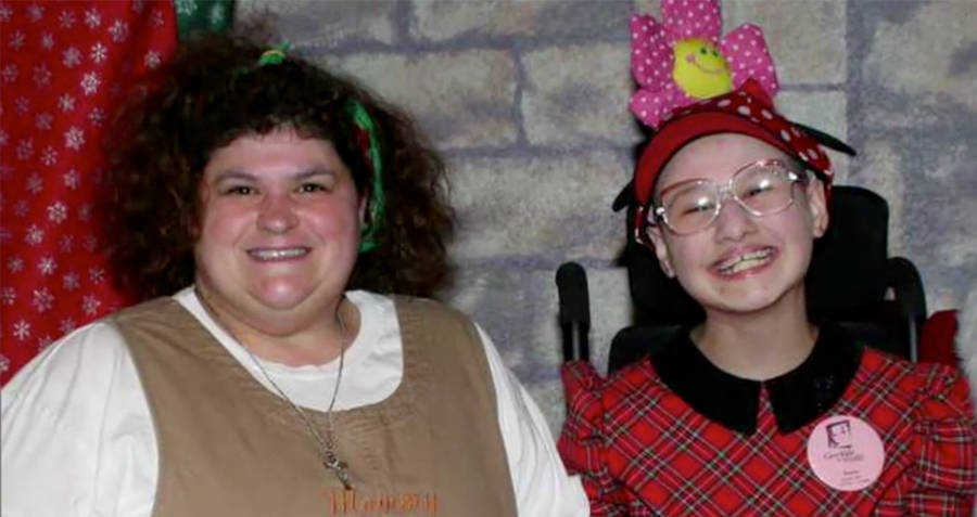Dee Dee And Gypsy Rose Blanchard
