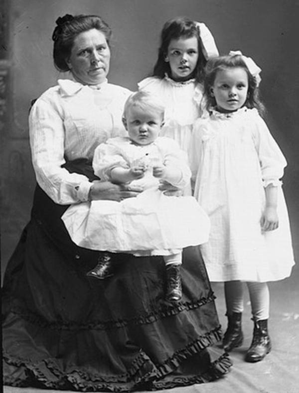 Belle Gunness And Her Children