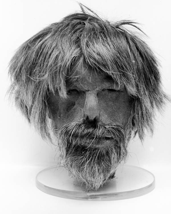 Tsantsa With Beard